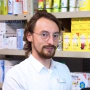 Andreas Wolff, Apotheker, in seinem Lager in Dissen